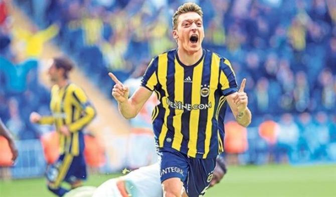 Mesut Özil Fenerbahçe'ye Gelebilir - Sensiz.com